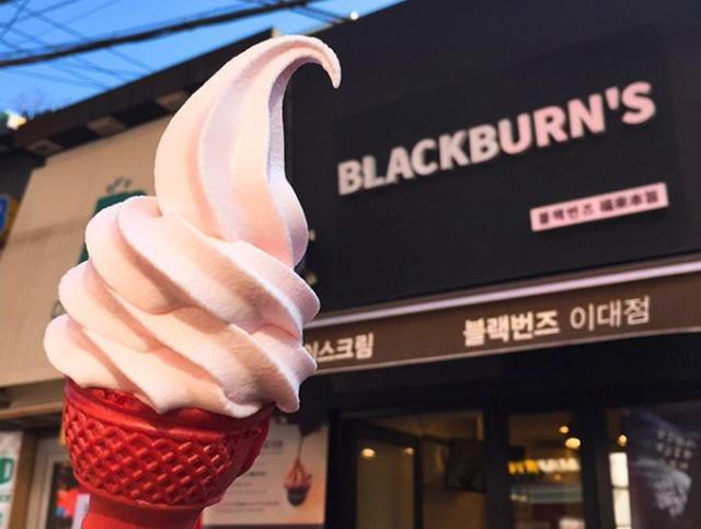 Không chỉ có Nhật Bản mà Hàn Quốc cũng đón chào mùa hoa anh đào với hàng loạt món ăn uống cực xinh - Ảnh 3.