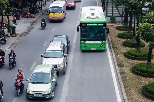 Đề xuất phương tiện khác được đi chung làn đường buýt nhanh BRT  - Ảnh 2.