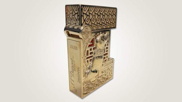 Chiêm ngưỡng bộ đôi sản phẩm bút và bật lửa phiên bản riêng cho năm Mậu Tuất - Biểu tượng cho tài sản và quyền lực của đàn ông quý tộc - Ảnh 2.