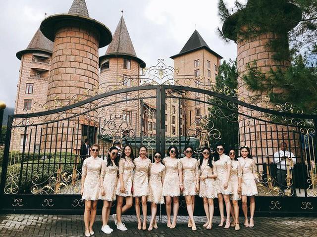 Có gì ở đám cưới cực kì xa hoa của người thừa kế xứng đôi nức tiếng hội con nhà giàu Châu Á  - Ảnh 2.