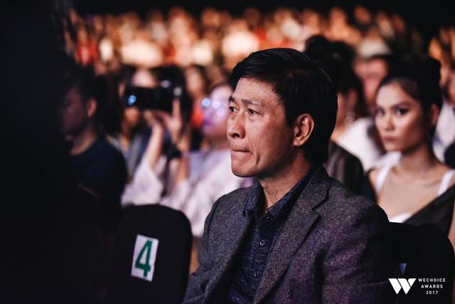 Khoảnh khắc WeChoice Awards: Đẹp nhất là khi Sơn Tùng, bé Bôm và các nghệ sĩ Việt cùng chậm lại trong dòng cảm xúc vỡ òa - Ảnh 11.