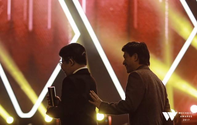 Khoảnh khắc WeChoice Awards: Đẹp nhất là khi Sơn Tùng, bé Bôm và các nghệ sĩ Việt cùng chậm lại trong dòng cảm xúc vỡ òa - Ảnh 39.
