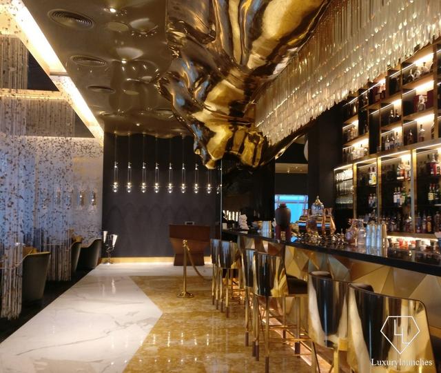 Trải nghiệm dịch vụ siêu sang của khách sạn 7 sao duy nhất trên thế giới - Ảnh 8.