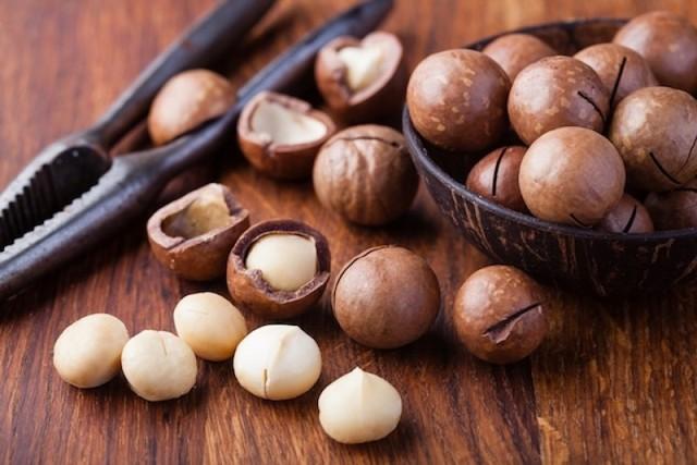 Loại hạt đắt đỏ được mệnh danh là hoàng hậu quả khô xuất hiện trong Tết mấy năm nay có gì đặc biệt? - Ảnh 4.