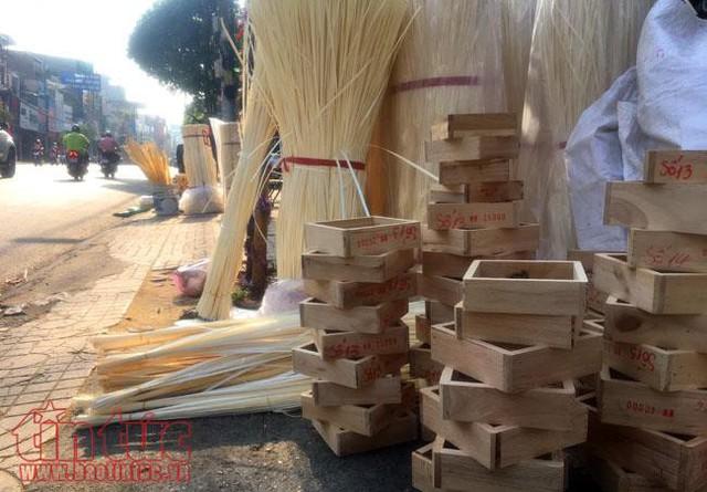 Chợ lá dong, lá chuối tồn tại nửa thế kỷ, chỉ nhóm họp mỗi năm một lần - Ảnh 4.