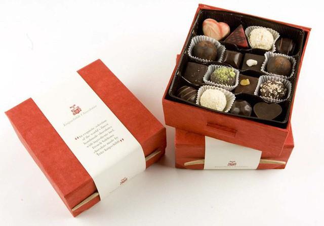 Choáng với quà Valentine chỉ hội nhà giàu mới dám mua tặng, có món quà lên tới 34 tỷ đồng - Ảnh 8.