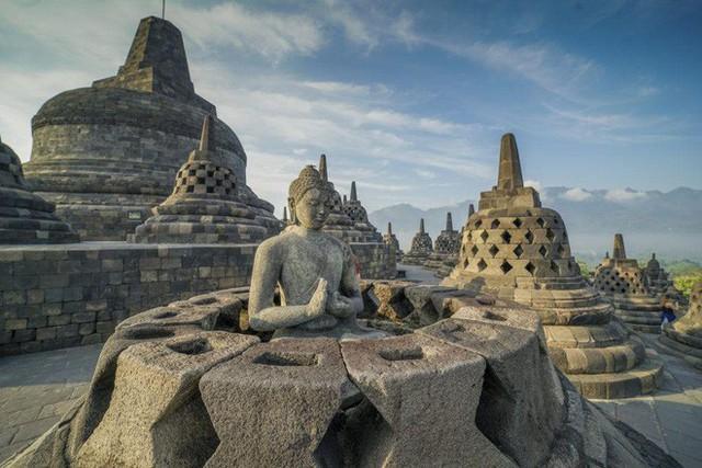 Ngôi đền Phật giáo lớn nhất thế giới: Nơi ngắm bình minh và hoàng hôn tuyệt đẹp! - Ảnh 12.
