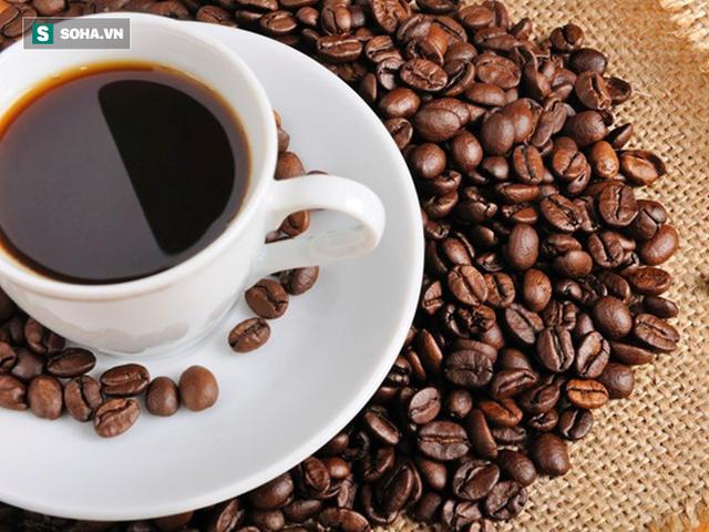 Vì sao nên uống ít nước trước khi uống cà phê: Đến người nghiện cũng chưa hẳn đã biết - Ảnh 1.
