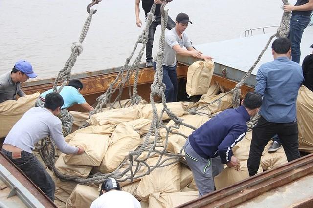 170 tấn thịt trâu Trung Quốc mập mờ suýt vào Việt Nam - Ảnh 3.