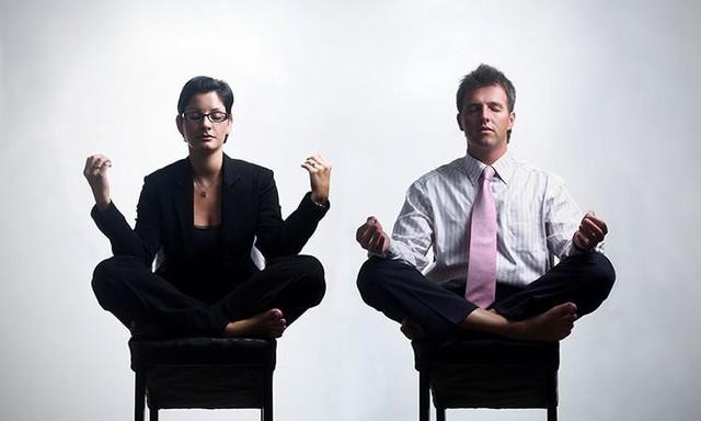 5 lí do yoga có thể trở thành giải pháp sức sống cho doanh nhân - Ảnh 1.