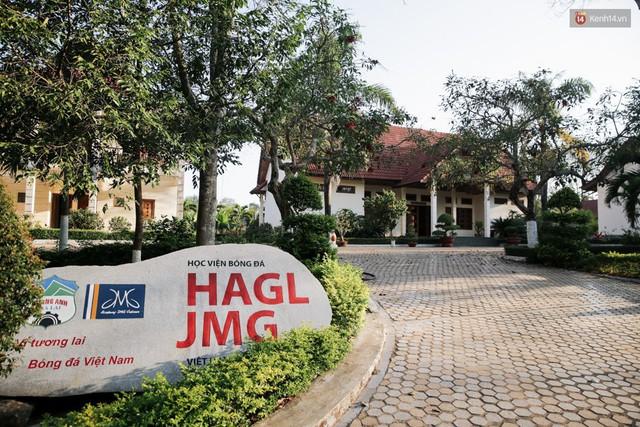 Cận cảnh bên trong Học viện triệu đô của HAGL, nơi góp phần làm nên kỳ tích U23 Việt Nam - Ảnh 1.
