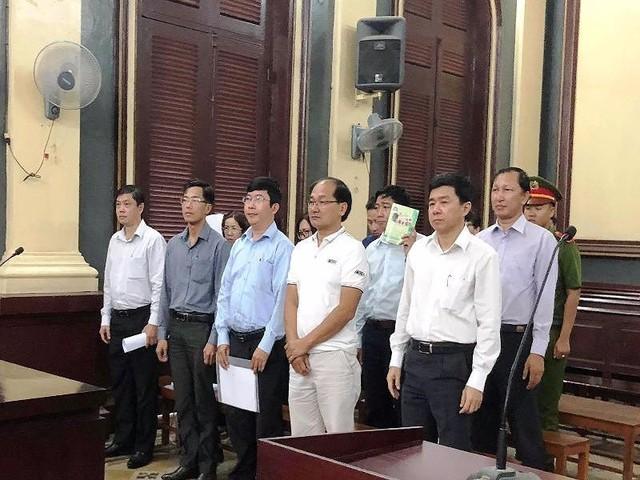 Đề nghị mức án với 10 cựu lãnh đạo Navibank - Ảnh 1.
