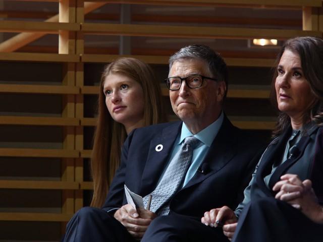Không hề rung động trước lời tỏ tình đầu tiên của ông chủ Bill Gates, điều gì đã khiến người phụ nữ may mắn nhất hành tinh đổi ý? - Ảnh 18.