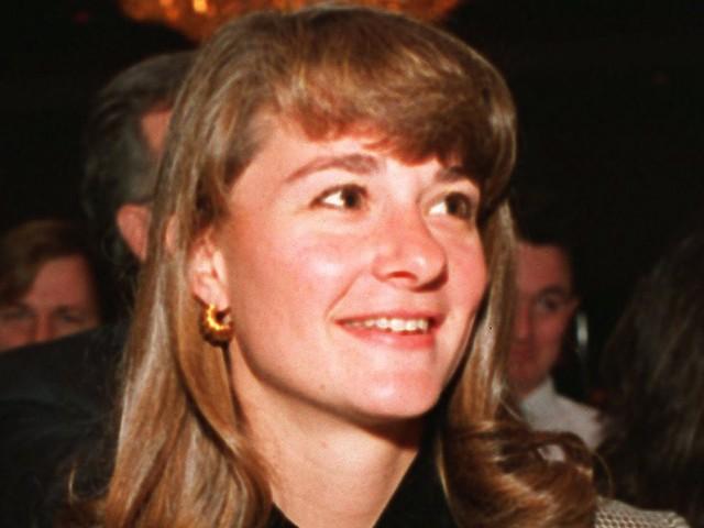 Không hề rung động trước lời tỏ tình đầu tiên của ông chủ Bill Gates, điều gì đã khiến người phụ nữ may mắn nhất hành tinh đổi ý? - Ảnh 2.