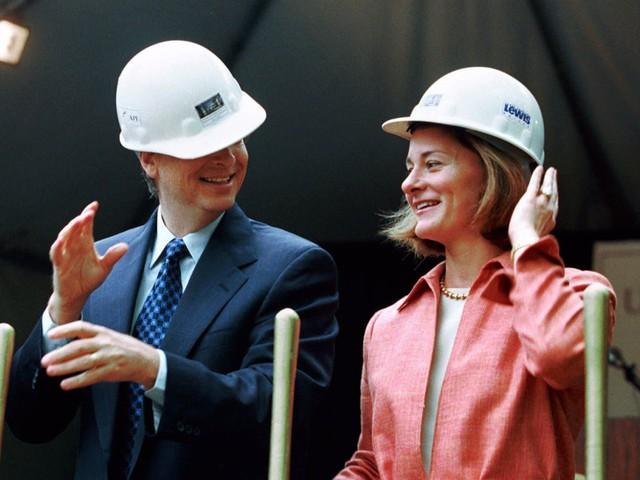 Không hề rung động trước lời tỏ tình đầu tiên của ông chủ Bill Gates, điều gì đã khiến người phụ nữ may mắn nhất hành tinh đổi ý? - Ảnh 5.