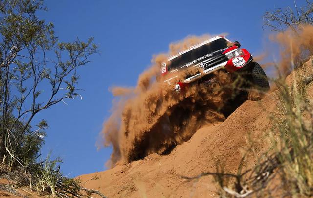 Khám phá giải đua xe địa hình xuyên sa mạc khốc liệt nhất hành tinh Dakar Rally - Ảnh 6.