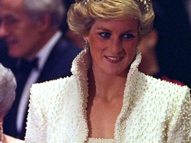 """Meghan Markle có nhiều điểm chung với Công nương Diana: Đây là cách bạn gái Hoàng tử Harry thể hiện lòng kính trọng đối với """"mẹ chồng"""" - Ảnh 16."""