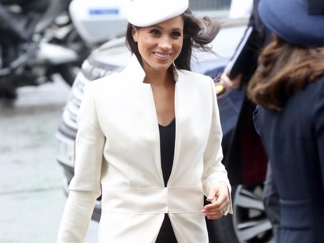 """Meghan Markle có nhiều điểm chung với Công nương Diana: Đây là cách bạn gái Hoàng tử Harry thể hiện lòng kính trọng đối với """"mẹ chồng"""" - Ảnh 19."""