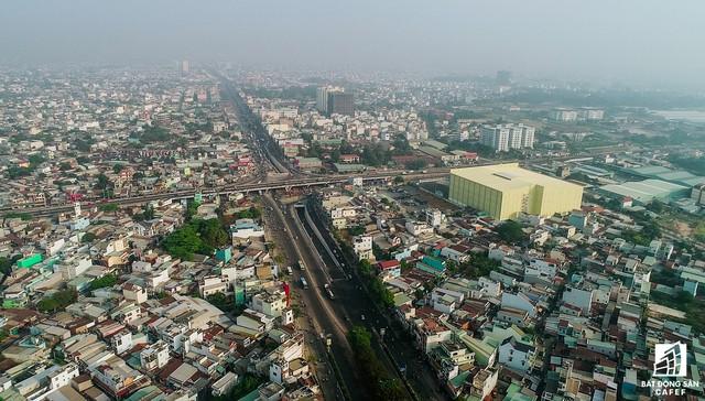 Toàn cảnh hầm chui nút giao 3 tầng lớn nhất Tp.HCM hơn 500 tỷ vừa thông xe  - Ảnh 2.