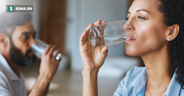 Có nhất thiết phải uống 8 cốc nước mỗi ngày: Nhiều người bối rối khi gặp câu hỏi này - Ảnh 1.