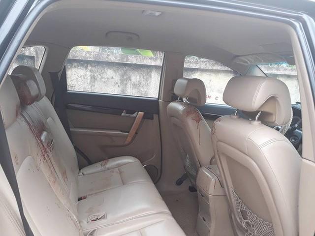 Sự tử tế tiếp nối chỉ trong một câu chuyện: Chở người bị thương đi cấp cứu đến nỗi máu dính đầy ghế, tài xế được người dân rửa xe miễn phí - Ảnh 2.