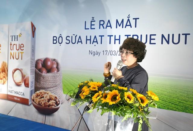 Tập đoàn TH chính thức ra mắt bộ sản phẩm sữa hạt Macca và Óc chó hoàn toàn thiên nhiên - Ảnh 2.