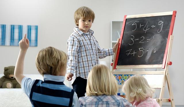 """7 kỹ năng sống còn"""" con bạn cần được trang bị ngay từ hôm nay - Ảnh 1."""