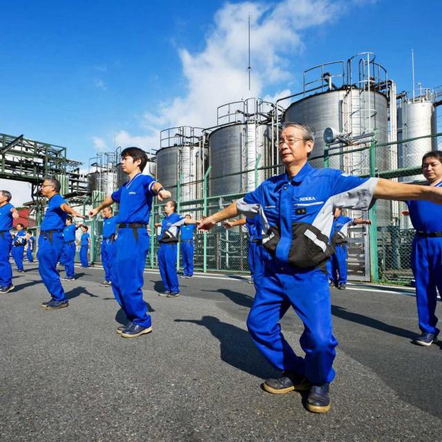 Lý do người Nhật sống lâu nhất thế giới: Suốt 90 năm toàn dân thực hiện đúng 1 bài tập thể dục quốc dân vào mỗi sáng! - Ảnh 4.
