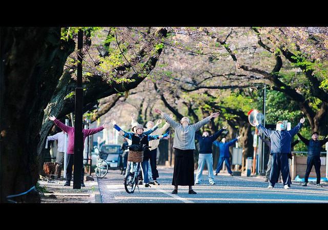 Lý do người Nhật sống lâu nhất thế giới: Suốt 90 năm toàn dân thực hiện đúng 1 bài tập thể dục quốc dân vào mỗi sáng! - Ảnh 5.