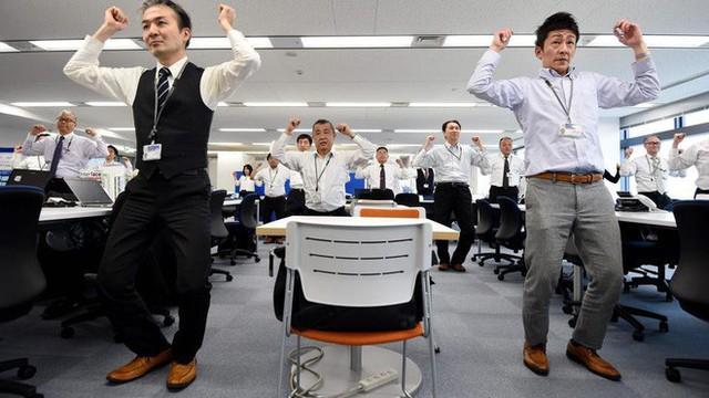 Lý do người Nhật sống lâu nhất thế giới: Suốt 90 năm toàn dân thực hiện đúng 1 bài tập thể dục quốc dân vào mỗi sáng! - Ảnh 6.