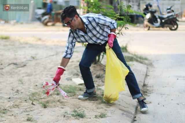 """Quá yêu Đà Nẵng, chàng trai Tây lặng lẽ nhặt rác mỗi ngày: """"Tôi không muốn thành phố này mất đẹp trong lòng du khách - Ảnh 9."""