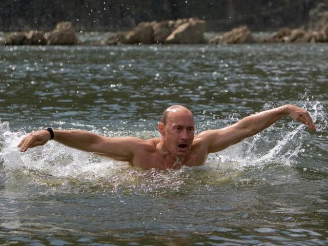 Bận rộn với công việc nhưng tổng thống Putin vẫn dành 2 giờ mỗi ngày cho hoạt động này để giữ sức khỏe và duy trì thể hình đáng ngưỡng mộ - Ảnh 3.