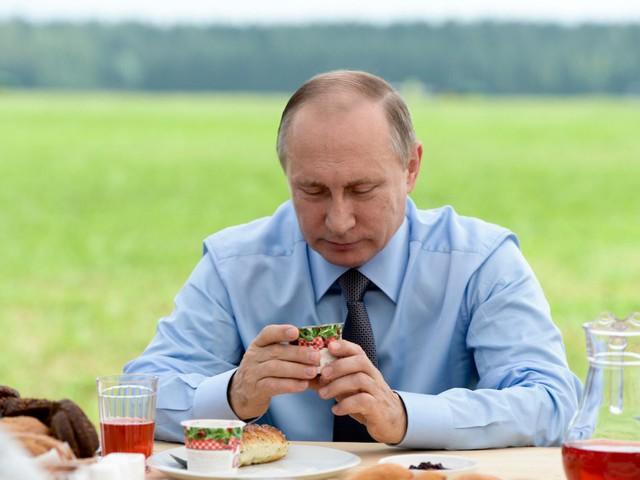 Bận rộn với công việc nhưng tổng thống Putin vẫn dành 2 giờ mỗi ngày cho hoạt động này để giữ sức khỏe và duy trì thể hình đáng ngưỡng mộ - Ảnh 9.