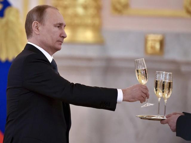 Bận rộn với công việc nhưng tổng thống Putin vẫn dành 2 giờ mỗi ngày cho hoạt động này để giữ sức khỏe và duy trì thể hình đáng ngưỡng mộ - Ảnh 11.