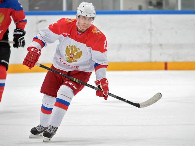 Bận rộn với công việc nhưng tổng thống Putin vẫn dành 2 giờ mỗi ngày cho hoạt động này để giữ sức khỏe và duy trì thể hình đáng ngưỡng mộ - Ảnh 13.