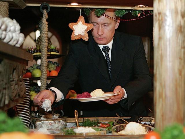 Thói quen ăn uống của tổng thống Vladimir Putin: Ít nhưng chất và cực khắt khe! - Ảnh 2.