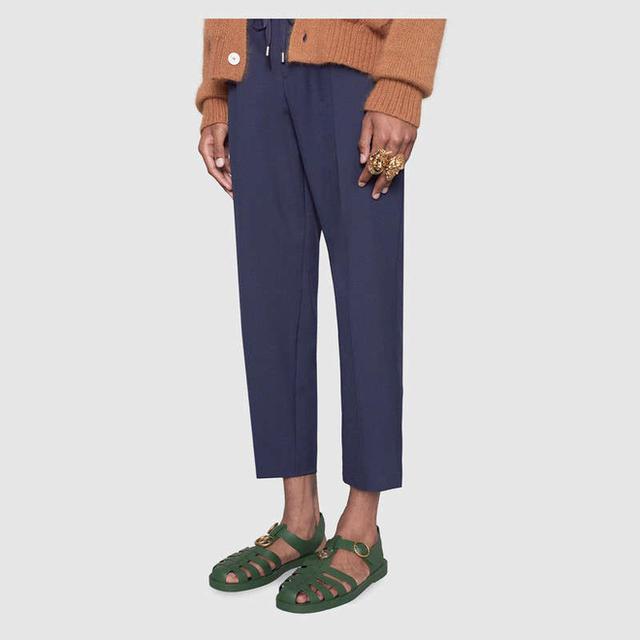 Mẫu sandal mới ra mắt của Gucci gây xôn xao mạng xã hội vì quá giống dép rọ bộ đội của Việt Nam - Ảnh 2.