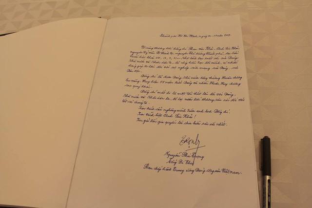 Những lời tiếc thương cố Thủ tướng Phan Văn Khải của lãnh đạo Đảng, Nhà nước trong sổ tang - Ảnh 1.