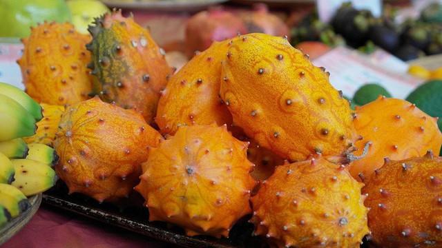 Loại dưa đầy gai vị giống kiwi có giá 400k/quả ở Việt Nam có gì đặc sắc - Ảnh 2.