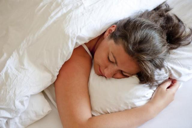 Tác hại không thể ngờ của những tư thế ngủ quen thuộc: Đọc và thay đổi ngay để cơ thể không còn nhức mỏi - Ảnh 8.