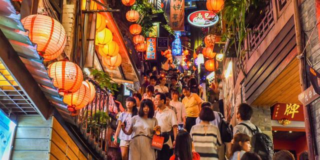 Việt Nam vào top 10 nơi thân thiện với người nước ngoài nhất thế giới - Ảnh 2.