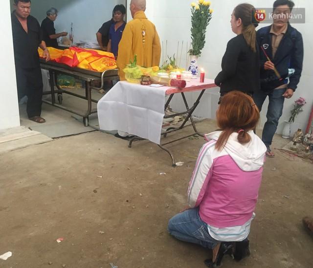 Ký ức kinh hoàng của người chồng mất cả gia đình trong vụ cháy ở Carina: Ôm đứa bé chạy trong khói lửa mà ngỡ là con mình - Ảnh 4.