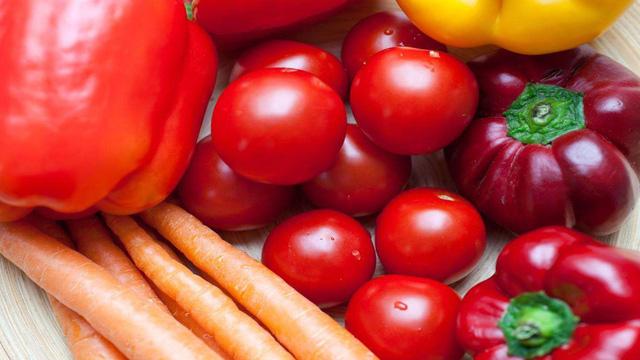 Giảm tới 90% nguyên nhân gây ung thư bằng chế độ ăn uống: Đây là những thực phẩm bạn nhất định không thể bỏ qua! - Ảnh 4.
