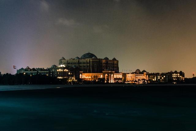 Từ khắp nơi trên thế giới, hàng loạt thành phố tắt đèn chào đón giờ trái đất 2018 - Ảnh 12.
