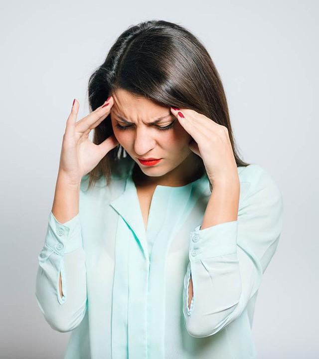 Các biện pháp hít thở đơn giản giúp loại bỏ những cơn đau đầu vô cùng hiệu quả - Ảnh 2.
