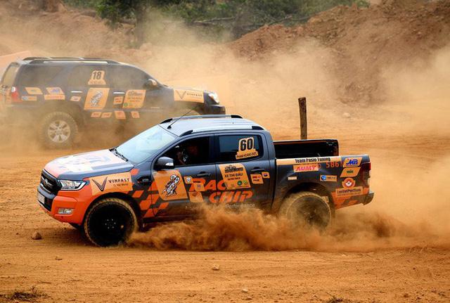 Chùm ảnh ấn tượng về những chiếc xe tham gia giải đua xe ô tô đối kháng KOK 2018 - Ảnh 12.