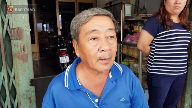 Vụ cháy khiến bé trai 2 tuổi tử vong ở Sài Gòn: Cha đã trùm chăn nhúng nước bảo vệ nhưng sau khi được cứu thoát, cậu bé vẫn qua đời do quá yếu - Ảnh 2.
