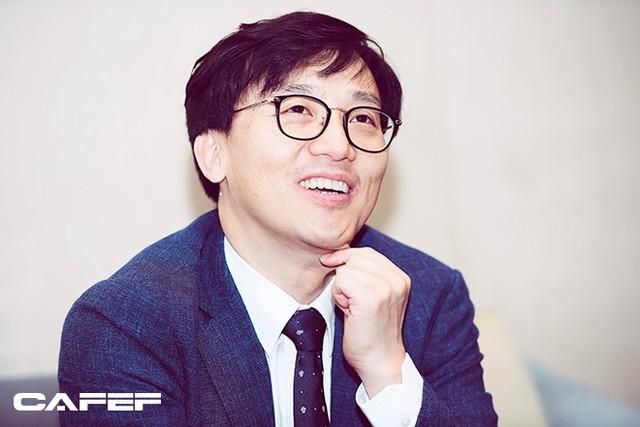 Duyên nợ đặc biệt của vị CEO Hàn Quốc với chứng khoán Việt Nam - Ảnh 2.