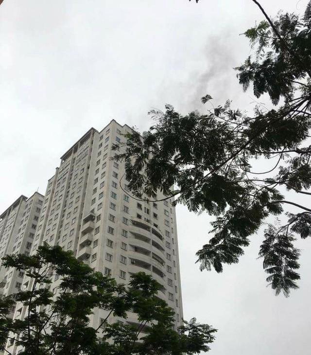 Hà Nội: Chuyển hồ sơ vụ cháy ở tầng 21 chung cư CT5 khu đô thị Văn Khê sang cơ quan điều tra - Ảnh 2.