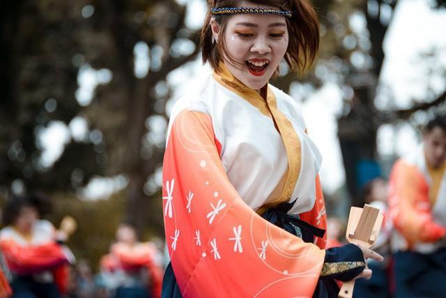 Câu chuyện về Yosakoi: Điệu nhảy vực tinh thần Nhật Bản sau chiến tranh rồi trở nên nổi tiếng toàn thế giới - Ảnh 7.